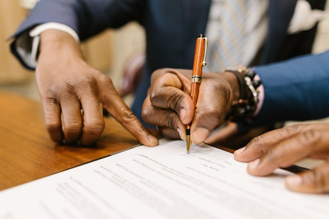 What you should consider while hiring a family law attorney